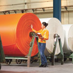 Sattes Orange: Product inspection in a supplier company by Engelbert Strauss.