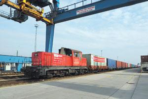 Eurasische Eile: Für die 7.000 Kilometer-Strecke Xi'an - Budapest braucht der ÖBB-Containerzug nur zehn Tage.
