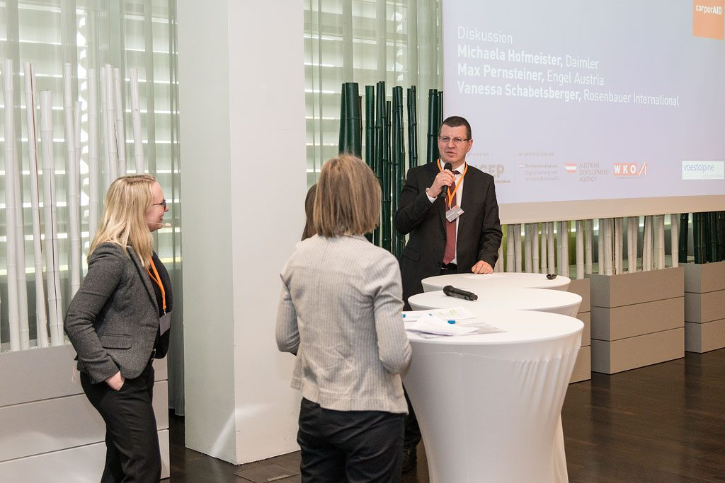 Discussion round with Michaela Hofmeister (Daimler), Vanessa Schabetsberger (Rosenbauer) and Max Pernsteiner (ENGEL Austria) at the corporAID Multilogue: Global Responsibility in the Supply Chain (08, May 2019).