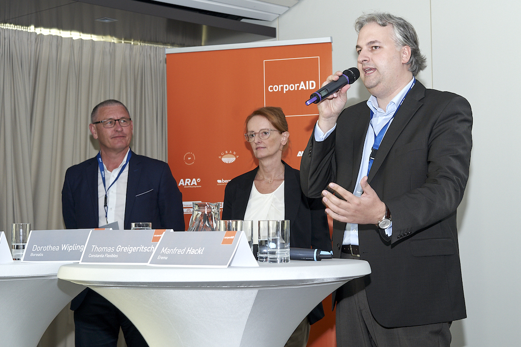 Manfred Hackl (EREMA), Dorothea Wiplinger (Borealis) and Thomas Geigeritsch (Constantia Flexibles) at the corporAID Multilogue: The Wider Circle on the 12. September 2019 in Vienna