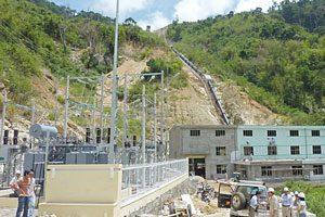 Mit Mehrwert Das Wasserkraftwerk Dak Pone in Vietnam ist ein von Gold Standard zertifiziertes CDM Projekt. Auch aus Österreich wurden CO2-Minderungseinheiten gekauft.