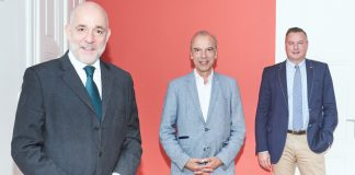 Partnerschaft mit Afrika: Martin Engelberg, Arnold Schuh und Werner H. Bittner (v.l.n.r.)