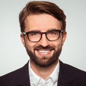 Daniel Weiss, adelphi